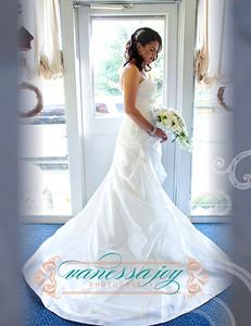 Catrina wedding album layout 008 (Side 16)