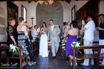 church_weddings_walking up the aisle_©jjweddingphotography_com