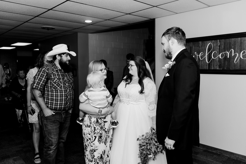 01040©ADHPhotography2020--ChanceKellyHayden--Wedding--AUGUST1bw