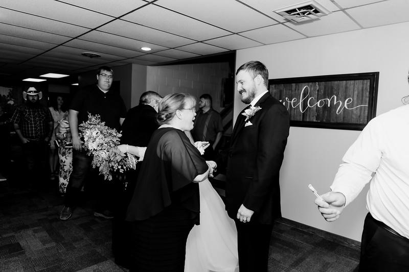 01034©ADHPhotography2020--ChanceKellyHayden--Wedding--AUGUST1bw