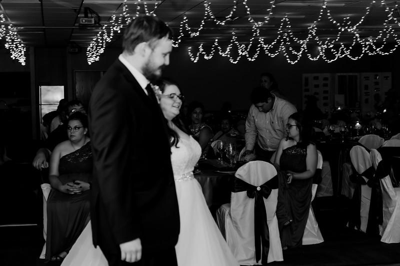 02204©ADHPhotography2020--ChanceKellyHayden--Wedding--AUGUST1bw