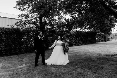 01130©ADHPhotography2020--ChanceKellyHayden--Wedding--AUGUST1bw