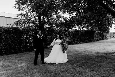 01129©ADHPhotography2020--ChanceKellyHayden--Wedding--AUGUST1bw