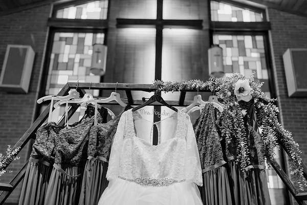 00008©ADHPhotography2020--ChanceKellyHayden--Wedding--AUGUST1bw