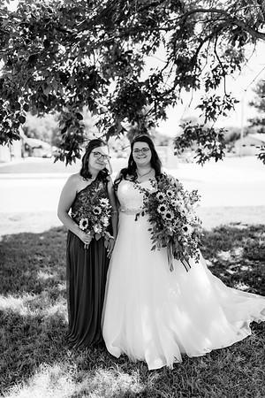 00305©ADHPhotography2020--ChanceKellyHayden--Wedding--AUGUST1bw