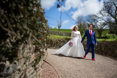 Charlotte-Glen-029-millbrook-estate-devon-wedding-photographer-rebecca-roundhill