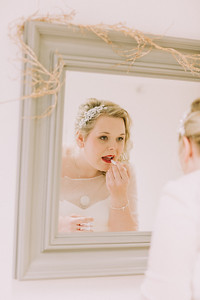 Charlotte-Glen-019-millbrook-estate-devon-wedding-photographer-rebecca-roundhill