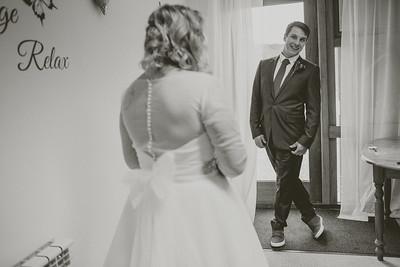 Charlotte-Glen-026-millbrook-estate-devon-wedding-photographer-rebecca-roundhill