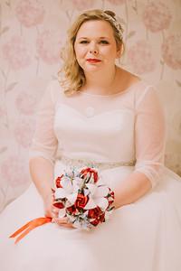 Charlotte-Glen-023-millbrook-estate-devon-wedding-photographer-rebecca-roundhill