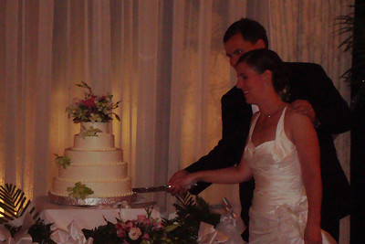 Cutting the cake - Princeton, NJ ... July 5, 2008 ... Photo by Rob Page III