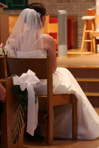 Waiting in anticipation for the sacrament of mariage - Whitehouse Station, NJ ... July 5, 2008 ... Photo by Rob Page III