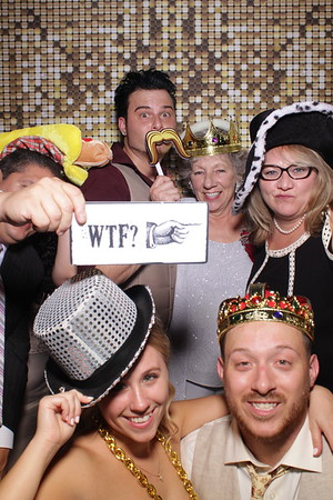 Rebecca and Brian's Wedding Mirror Booth 2018