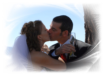 The kiss with glass with framea