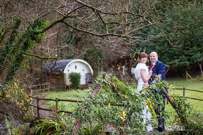 Chris-Diane-010-millbrook-estate-wedding-photographer-rebecca-roundhill