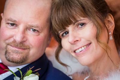 Chris-Diane-014-millbrook-estate-wedding-photographer-rebecca-roundhill