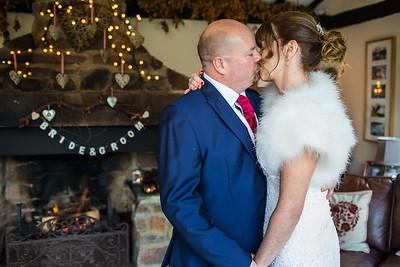 Chris-Diane-004-millbrook-estate-wedding-photographer-rebecca-roundhill