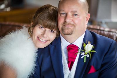 Chris-Diane-008-millbrook-estate-wedding-photographer-rebecca-roundhill