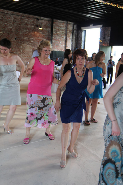 My lovely Sharon (dark blue dress) workin' the dance floor!
