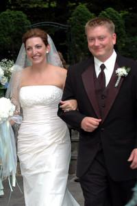 DSC_0479 the happy MARRIED couple