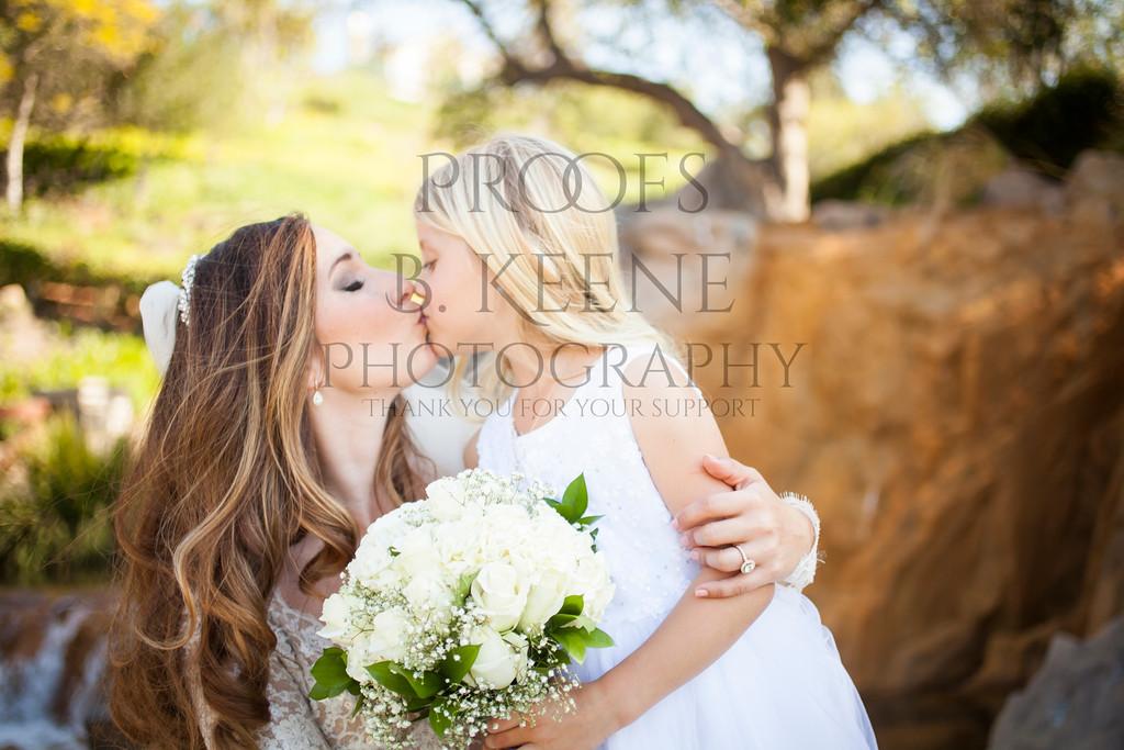 MC_WEDDING_BRIDE_GROOM_FAM_2015_BKEENEPHOTO_519