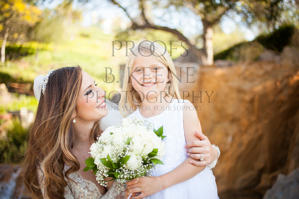 MC_WEDDING_BRIDE_GROOM_FAM_2015_BKEENEPHOTO_517