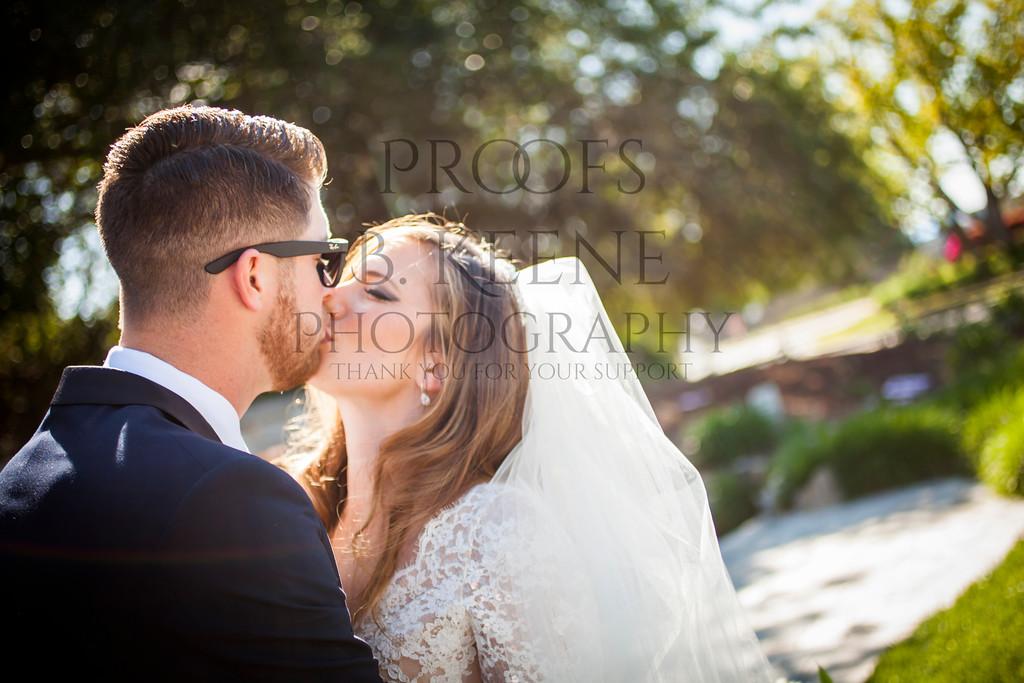 MC_WEDDING_BRIDE_GROOM_FAM_2015_BKEENEPHOTO_551