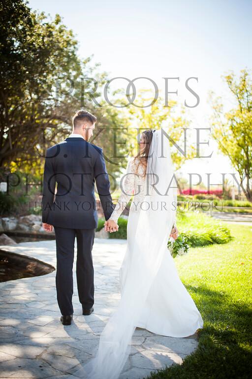 MC_WEDDING_BRIDE_GROOM_FAM_2015_BKEENEPHOTO_563