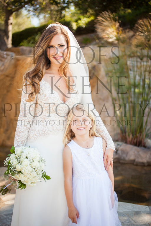 MC_WEDDING_BRIDE_GROOM_FAM_2015_BKEENEPHOTO_511
