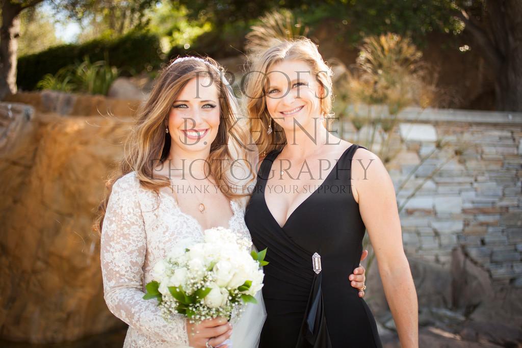 MC_WEDDING_BRIDE_GROOM_FAM_2015_BKEENEPHOTO_501