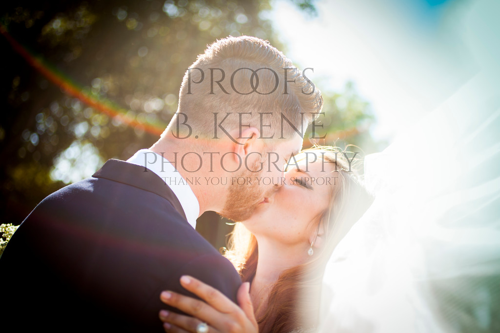 MC_WEDDING_BRIDE_GROOM_FAM_2015_BKEENEPHOTO_555
