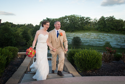 Elizabeth & Josh's wedding day at Chrisman Mill Winery in Jessamine County 9.13.14.