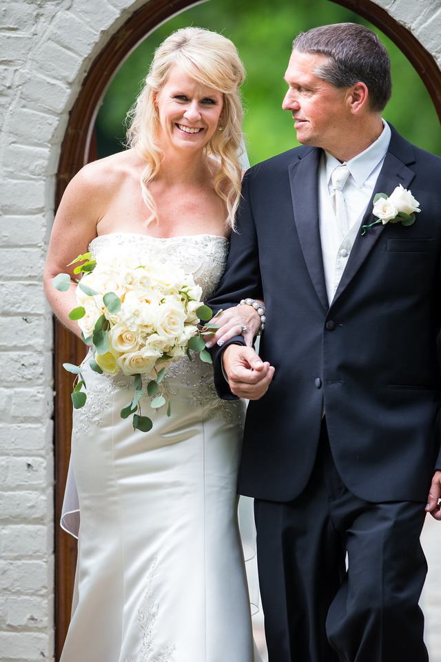 Kelly & Brad's wedding day at Storybook Inn, Versailles, Ky. 6.21.14.