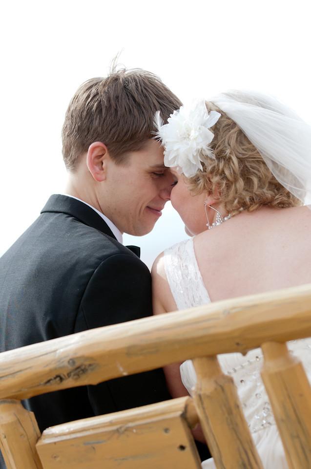 "<a href=""http://ericboldtphotography.smugmug.com/ClientPhotos/Brendon-and-Crystal/"">Brendon and Crystal Wedding Photos</a>"