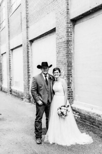 01693-©ADHPhotography2019--ColeLaurenJacobson--Wedding--September7bw