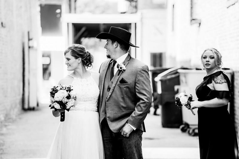 01782-©ADHPhotography2019--ColeLaurenJacobson--Wedding--September7bw