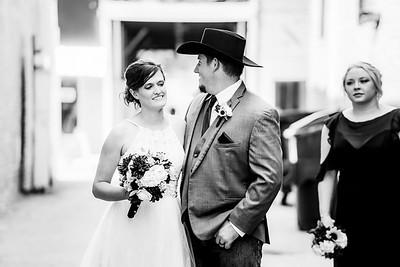 01787-©ADHPhotography2019--ColeLaurenJacobson--Wedding--September7bw
