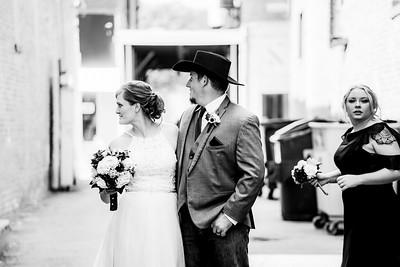 01783-©ADHPhotography2019--ColeLaurenJacobson--Wedding--September7bw