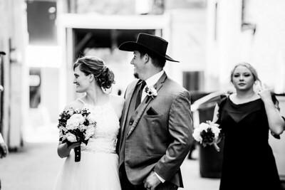 01786-©ADHPhotography2019--ColeLaurenJacobson--Wedding--September7bw