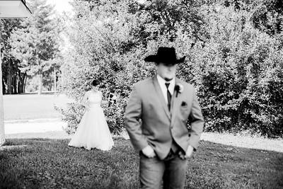 00258-©ADHPhotography2019--ColeLaurenJacobson--Wedding--September7bw
