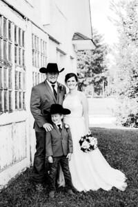 00353-©ADHPhotography2019--ColeLaurenJacobson--Wedding--September7bw