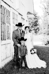 00350-©ADHPhotography2019--ColeLaurenJacobson--Wedding--September7bw