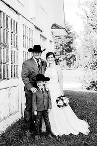 00354-©ADHPhotography2019--ColeLaurenJacobson--Wedding--September7bw
