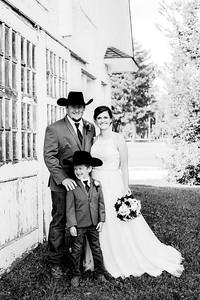 00352-©ADHPhotography2019--ColeLaurenJacobson--Wedding--September7bw