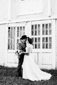 00685-©ADHPhotography2019--ColeLaurenJacobson--Wedding--September7bw