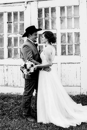 00689-©ADHPhotography2019--ColeLaurenJacobson--Wedding--September7bw