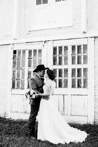 00683-©ADHPhotography2019--ColeLaurenJacobson--Wedding--September7bw