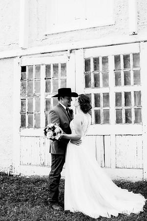 00680-©ADHPhotography2019--ColeLaurenJacobson--Wedding--September7bw