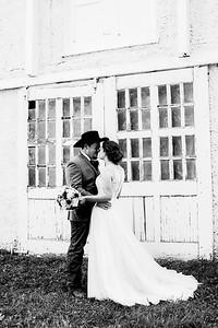 00686-©ADHPhotography2019--ColeLaurenJacobson--Wedding--September7bw