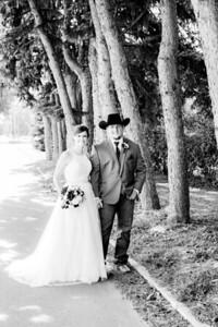 00776-©ADHPhotography2019--ColeLaurenJacobson--Wedding--September7bw