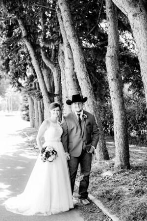 00778-©ADHPhotography2019--ColeLaurenJacobson--Wedding--September7bw